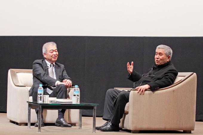 イム・グォンテク(林権澤)監督と石坂健治氏(日本映画大学教授)とのトークショー